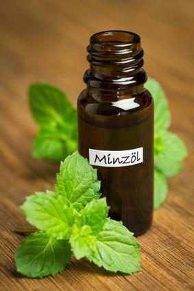 Ätherisches Öl für die Aromatherapie