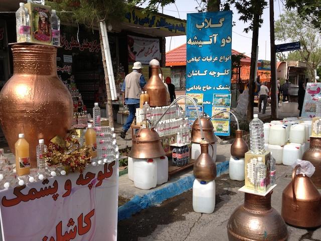 Rosenwasser und Destillen im Iran