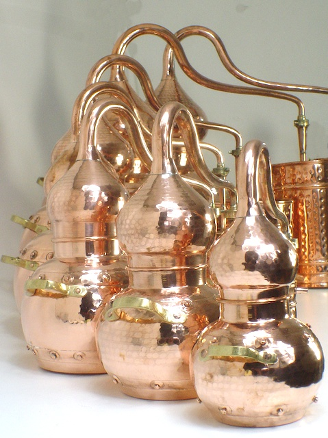 Alembic stills from 0,5 L to 1000 L