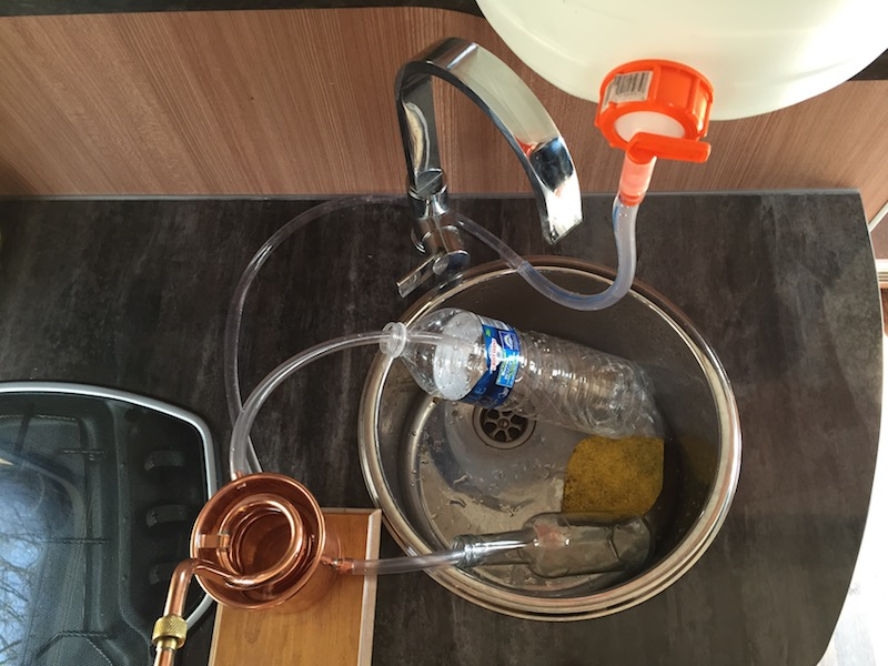 Die Destillation im Wohnmobil - Draufsicht