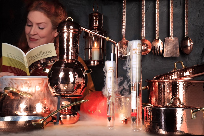 Lanterns and copper lamps