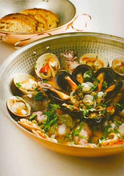 Catalana mit Meeresfrüchten