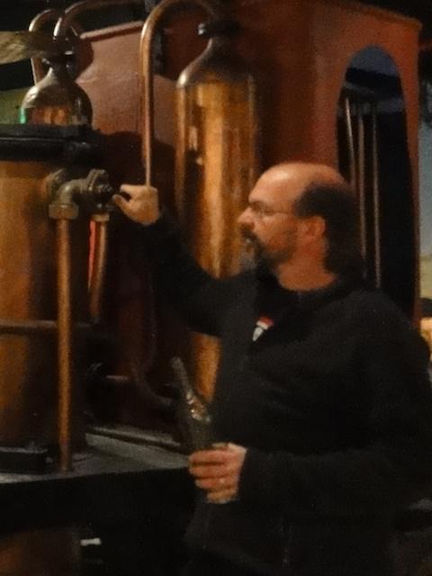Kai Möller von Destillatio