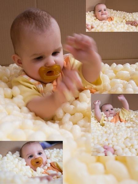 Töchterchen Maria spielt mit Maisflocken - ein Uniobres Paket