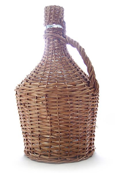 Arauner  Wicker cased glass demijohn /carboy (15L)